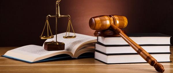 法律関係について学べるオンライン英会話スクールをチェック!